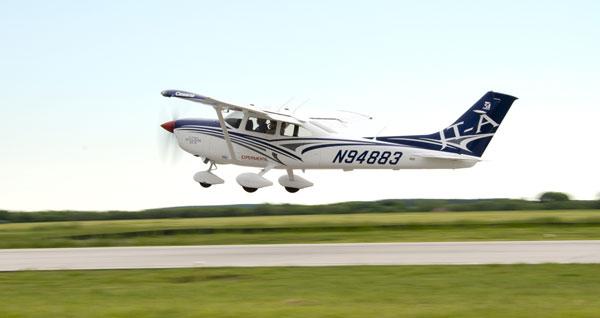 Cessna-Turbo-Skylane-skyheralds
