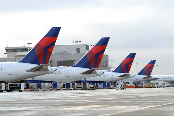 Delta Adds New and Enhanced Service at Los Angeles